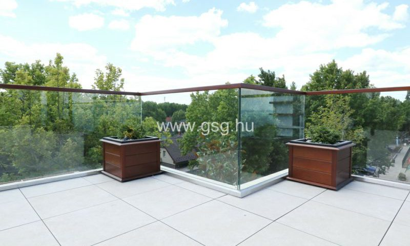 Mala Garden üvegkorlát